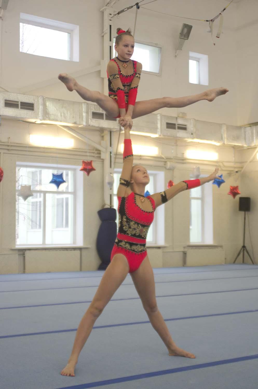 Акробатика девушек фото