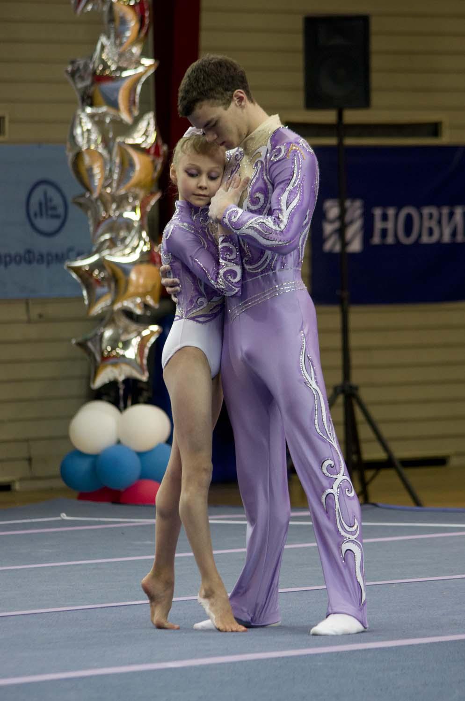 foto-gimnastok-v-trusah